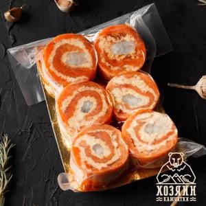 рулетики из форели (с тигровыми креветками, вялеными томатами и сливочным сыром), 500г